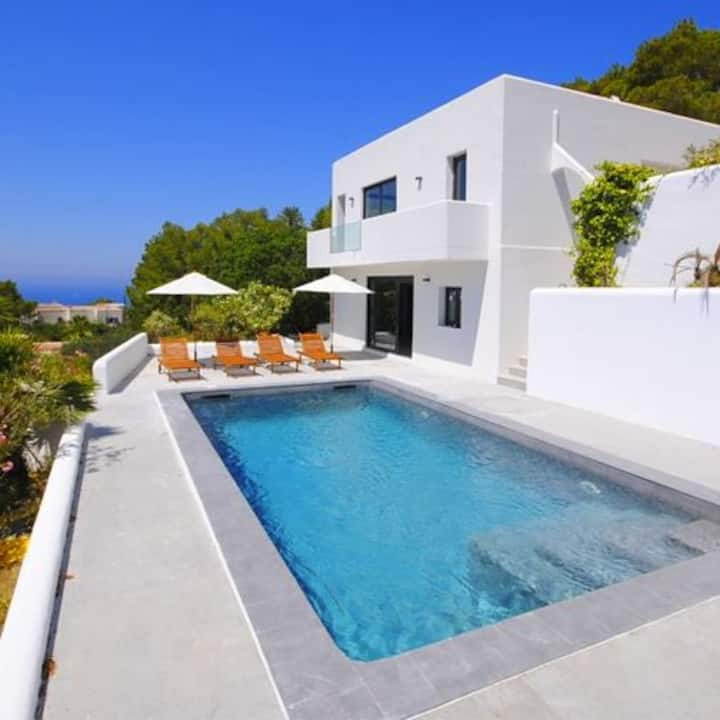 Ibiza - Cala Tarida Villa, stunning views, privacy