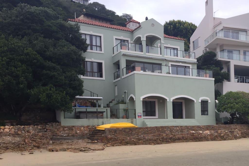 Shoreline Villa
