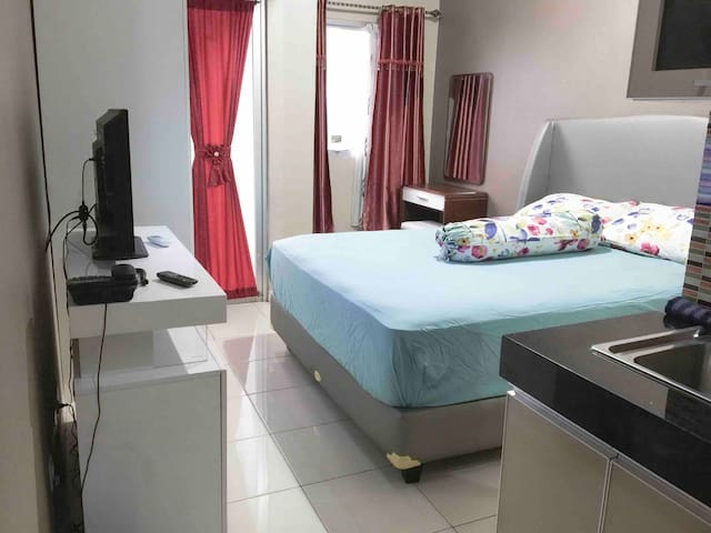 Studio room pakubuwono terrace with wifi, cabel tv