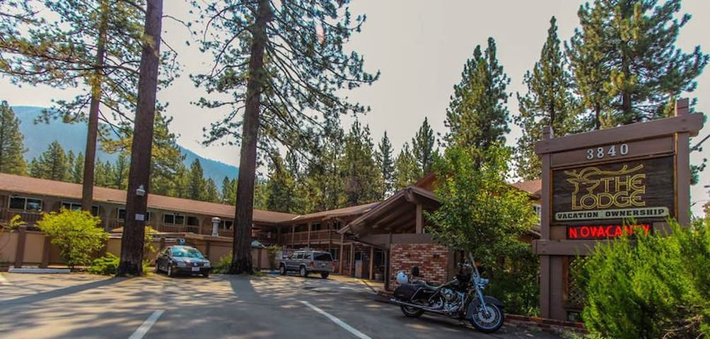 2BR Condo at The Lodge At Lake Tahoe