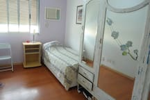 Quarto Privativo c ar condicionado. Private Room climatizated.