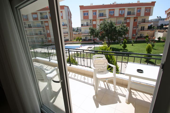 1 Bedroom Apartment Sleeps 4*Balcon - Didim - Huoneisto