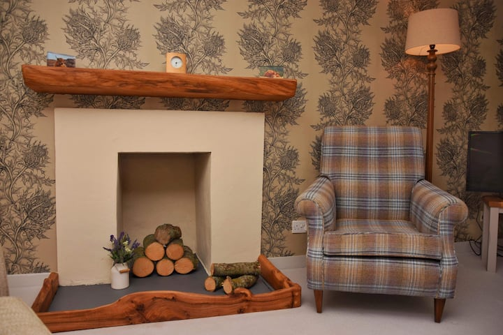 Dunroamin - Cosy Town Flat in Stirling city centre