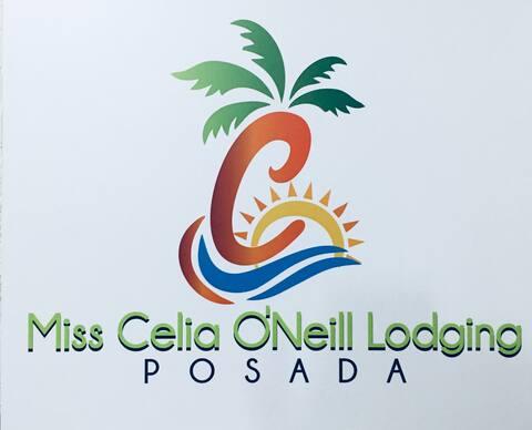 Posada Miss Celia Habitación #1 Desayuno incluido!