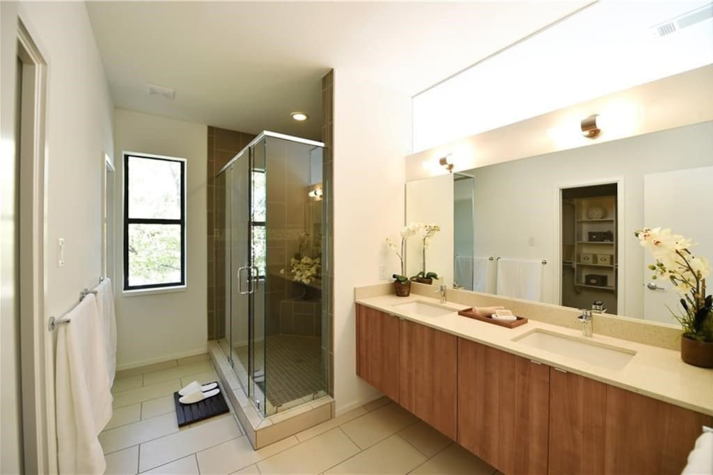 Private Ensuite with walk in shower, double vanity