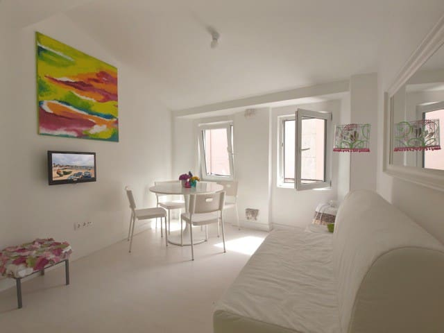 Apartment, 50m from beach with terrace