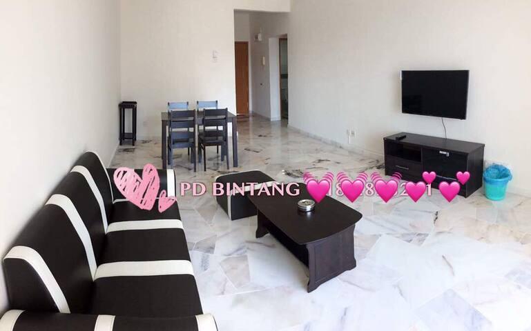PD Straits SeaView 2BR Apartment