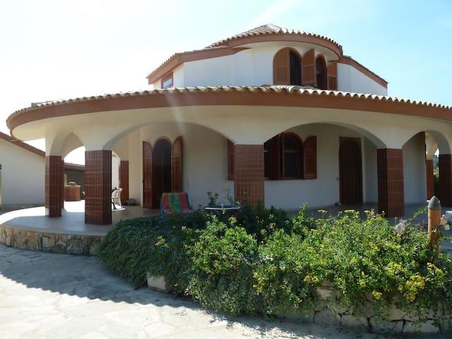Villa im spanischen Stil, Marispica