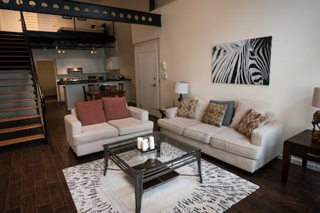 Loft on 12th: Channelside/Downtown Tampa - Tampa