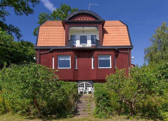Charming old house outside of Stockholm - Sztokholm - Dom