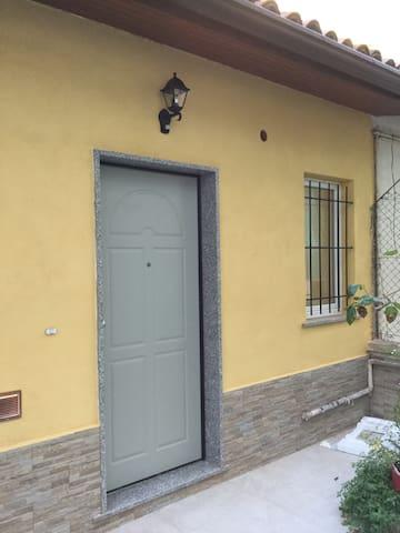 La casina gialla