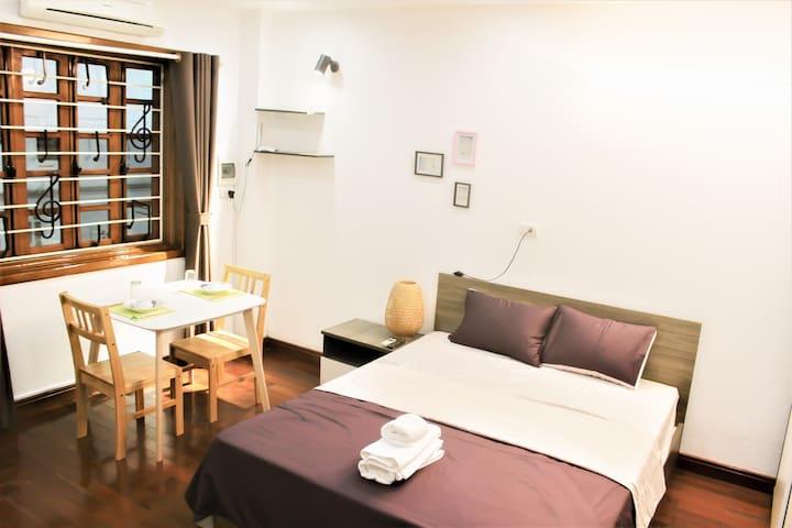 Anh Thu's house-Beside Hoan Kiem lake room 201