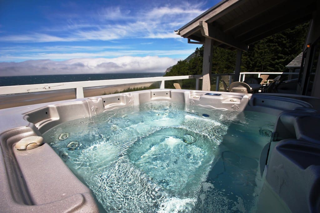 Unobstructed ocean view from hot tub