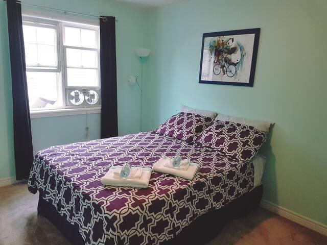 Niagara Region Private Room
