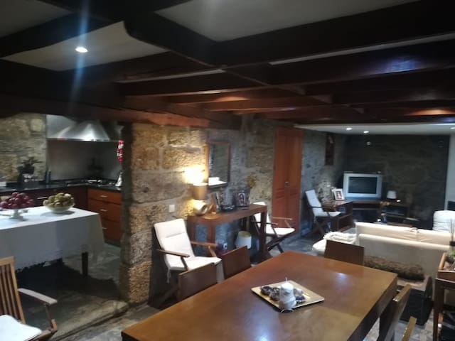 Sweet and cozy country house 30 km from  Porto