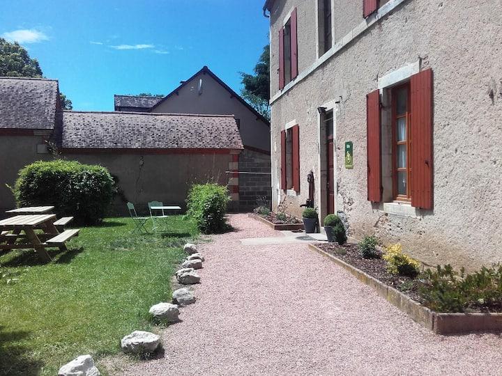 Maison entière de 240 m² proche de Vichy