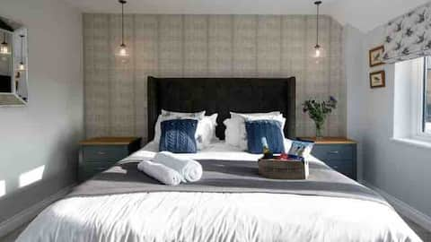 The Cowshed a luxury romantic Suffolk retreat.