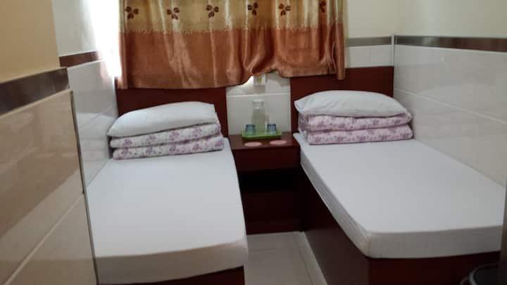 舒适-干净-清静-安全-标准2单床.入住2人