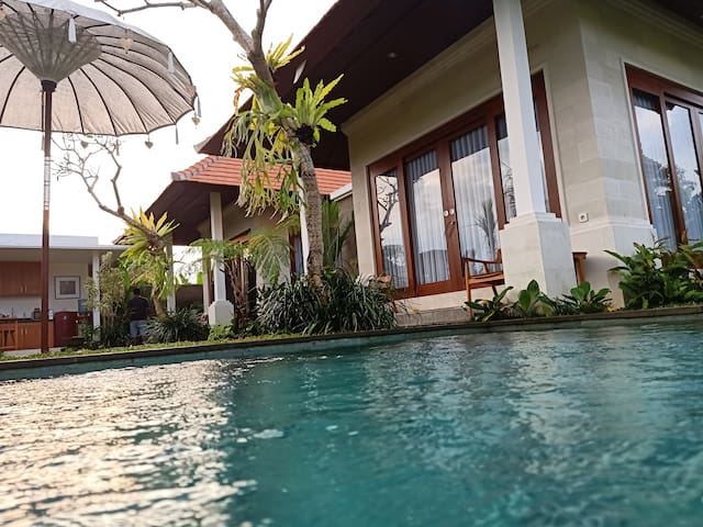 ubud 2 bedroom private villa, rice field & jungle