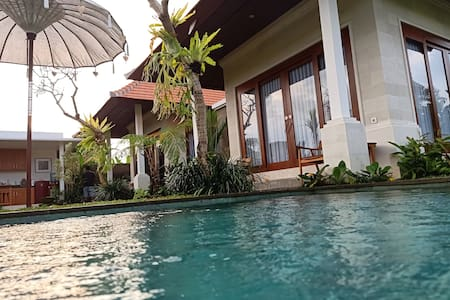 ubud 2 bedroom private villa, rice field & jungle