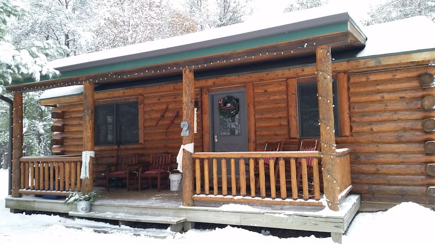 Little Pond Lodge Cabin - New Lisbon - Cabin