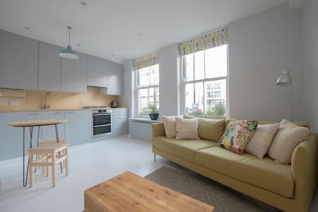 Sunny flat in central Hackney - Londen - Appartement