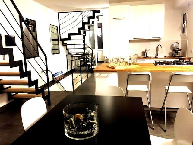 2 Terraces Stylish Apartment in Cagliari Center