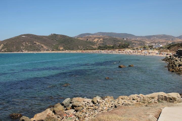 Villa 2 à 8 personnes front de mer Tanger-parking