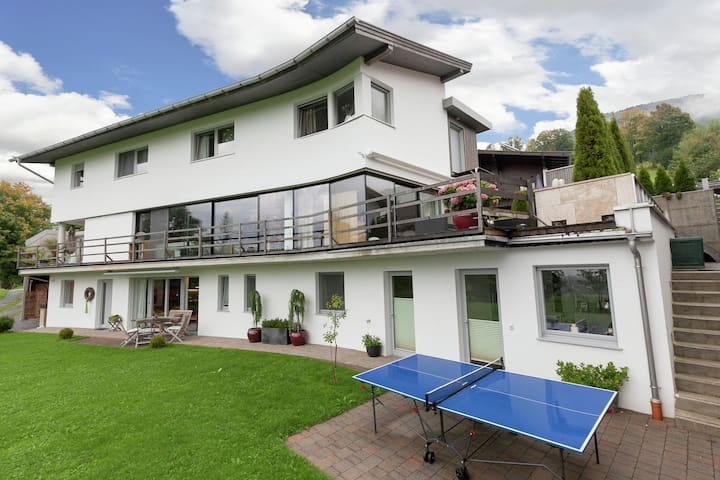 Apartamento muy moderno situado a sólo 400 metros del telecabina de Westendorf!