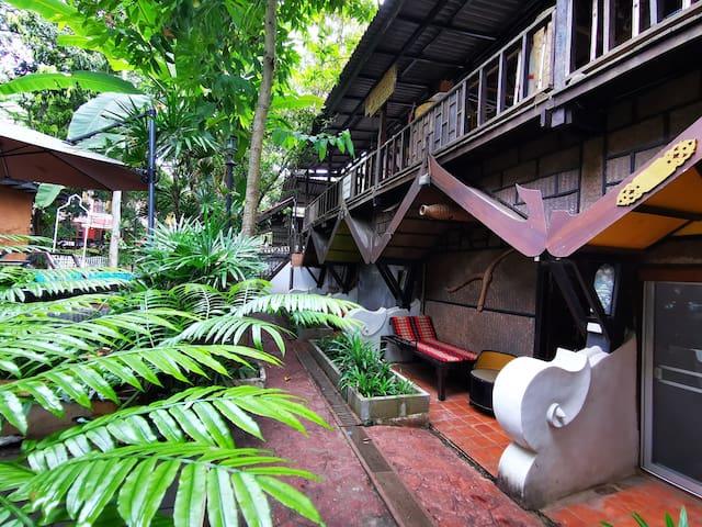 Wooden Thai Style Room, beside Salted Pool