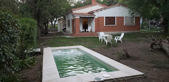 Chalet en Villa La Serranita, para 6 u 8 personas,