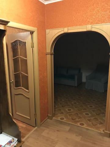 Четырёх комнатная квартира, Старый Оскол, Лесной 8