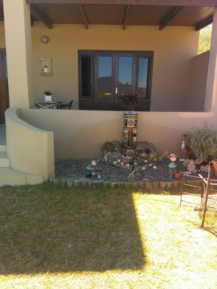 Oppidam Clanwilliam 2 Bedroom S/C Accommodation