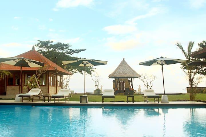 Grand Ocean Villa Ketewel