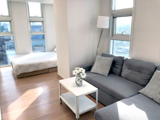 [W] Cozy Place, 2 mins from Seoul station