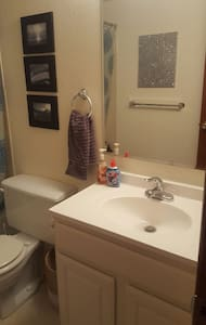 Condo w/ 2 rooms to choose from! - Lakewood