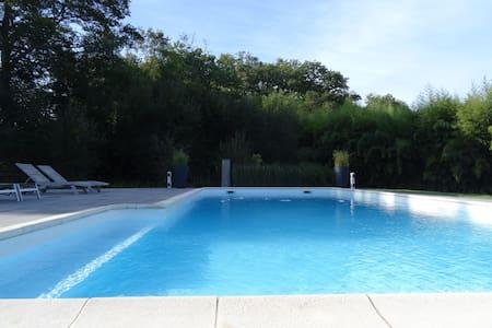 DAX Maison très agréable piscine 6/8 personnes - Dax - Rumah
