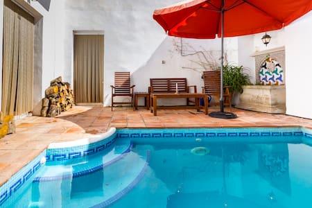Casa Puerta Azul - Albuñuelas - 단독주택