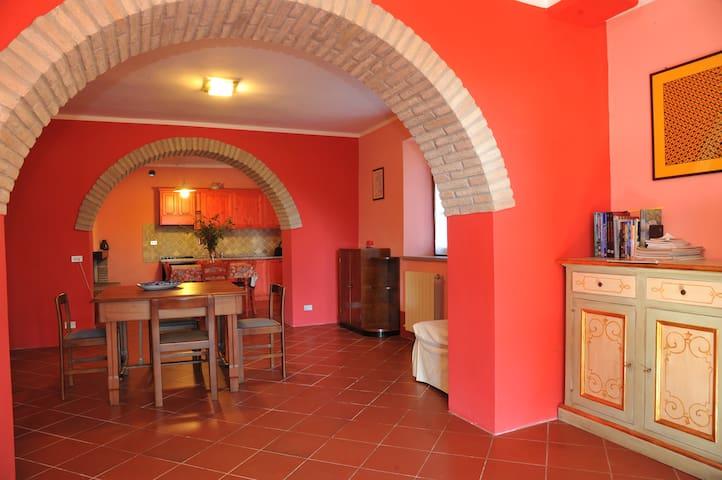 Apartment Braccio Fortebraccio, Umbria Farmhouse - Montone - Apartemen