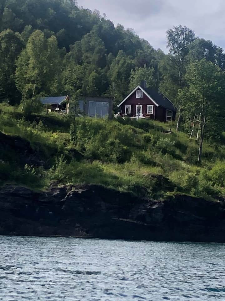 Unique location by the Lyngenfjord