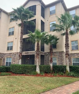 Great apartment near to Disney World and LEGO Land