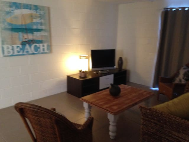Cotton Tree Apartment 2 - Maroochydore - Apartamento