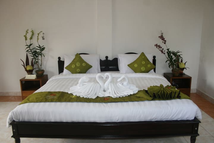 STEP 205 - Payangan - Bed & Breakfast