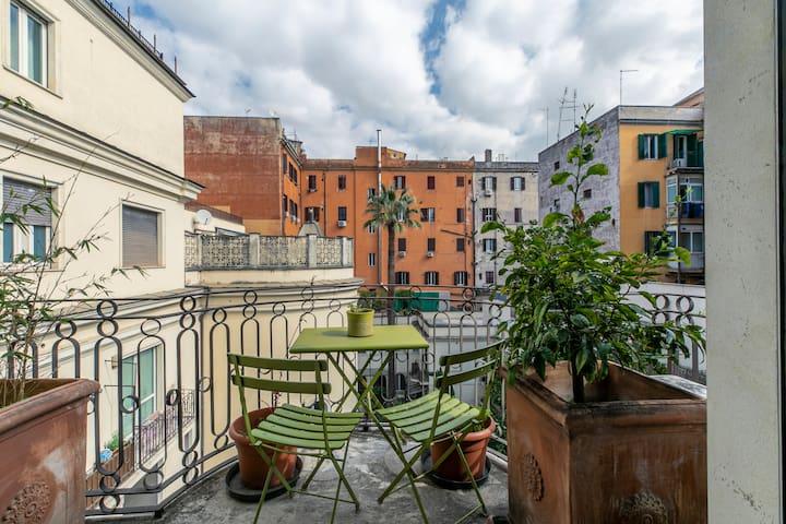 Flatinrome Santa Maria Maggiore 1 - Luxury