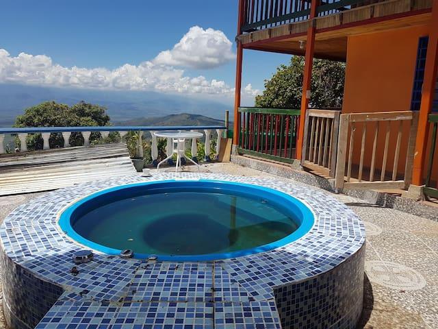 Lodge .San Jose . Puerto Fenicia .valle Colombia