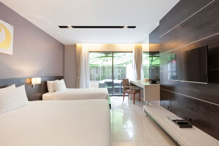 The Charm Resort Patong-Apt&Jacuzzi-40m to P.Beach