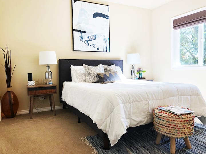 Freshly Remodeled Private Suite- Close to Wineries