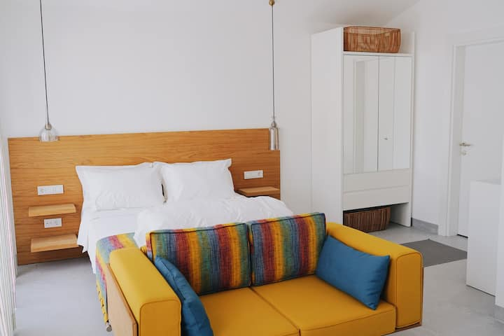 Condo Rooms By Bono Houses