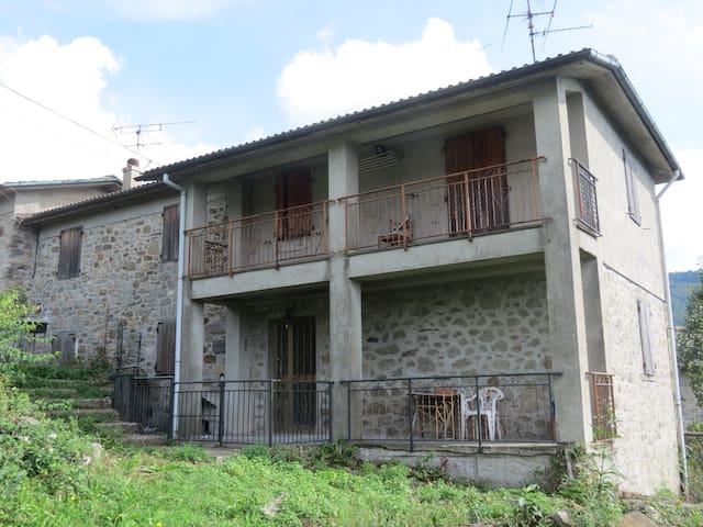 casa indipendente in bella vallata - Valditermine - 단독주택