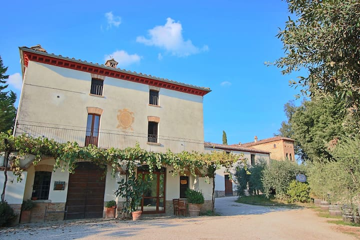 Attractive apartment in old farmhouse on the estate with pool.